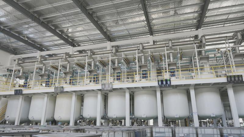 魔派克机油生产工厂调和中心